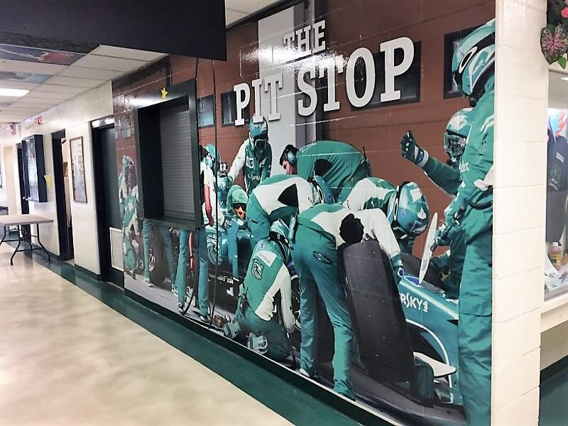 pitstop-printed-graphics-production-installation-1