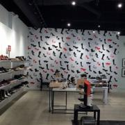 stepinshoes-printed-wall-graphics