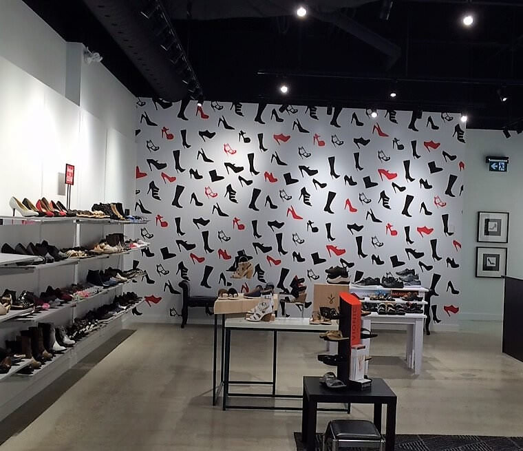 stepinshoes-printed-wall-graphics